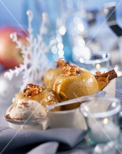 Baked apples filled with walnuts and ice cream