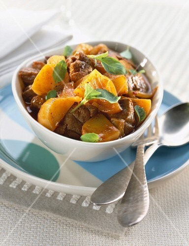 Lamb casserole with basil