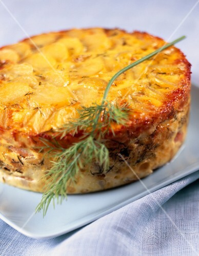 Salmon and dill savoury cake