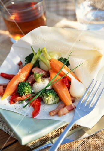 spring baby vegetables with herbs en papillote (topic: papillotes)