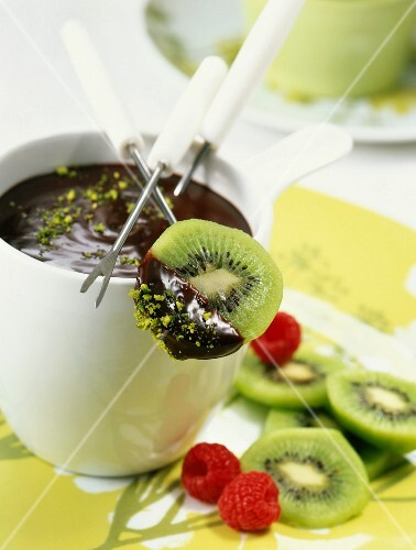 Chocolate fondue with kiwis