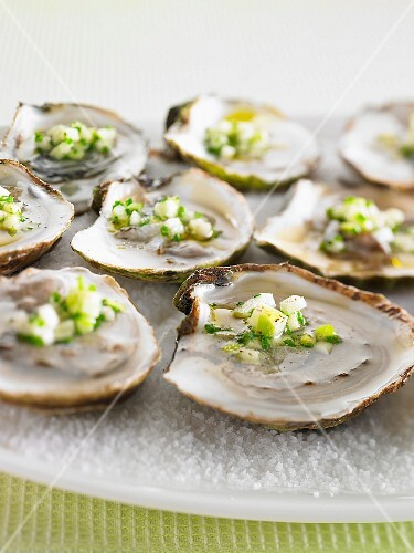 Oysters with apples and chives