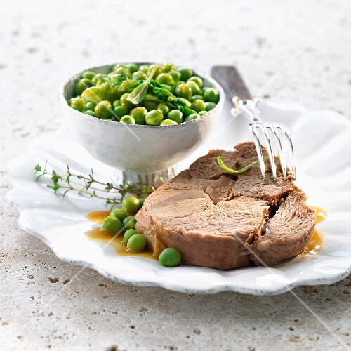 Leg of lamb with peas