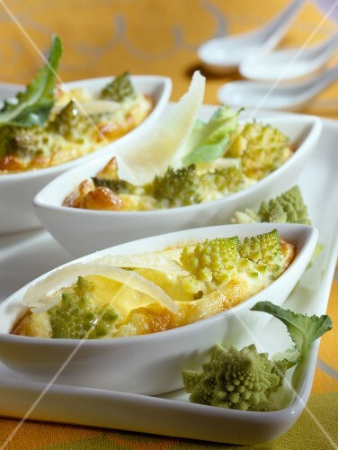 Mini romanesco cabbage gratin