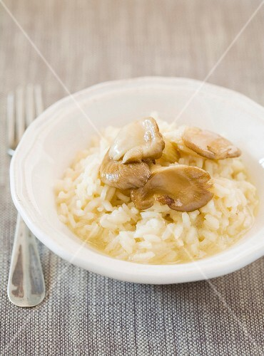 Risotto with oyster mushrooms