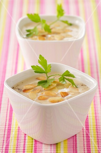 Cauliflower and thinly sliced almond soup