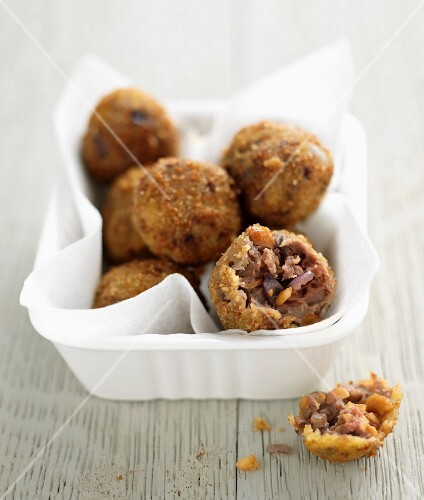 Beef and peanut meatballs