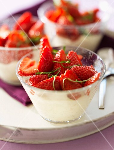 Whipped cream with strawberries and mint
