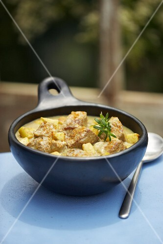 Shoulder of lamb and potato curry