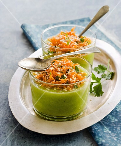 Cucumber soup with grated carrots and sesame seeds