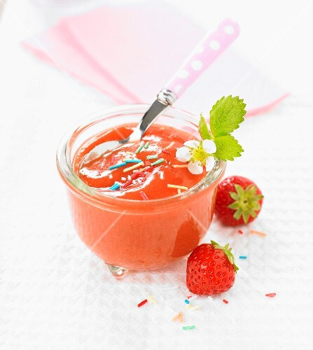 Strawberry-banana compote