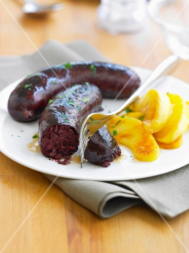 Blood sausage with roasted apples