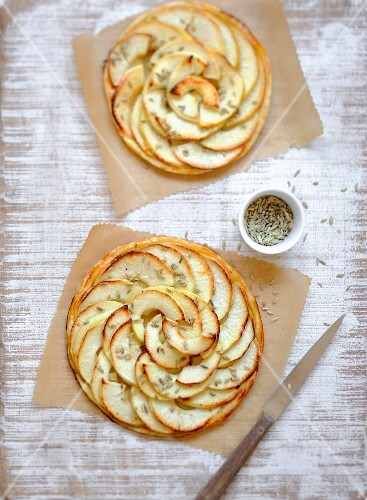 Apple and aniseed thin pastry tarts
