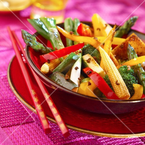 Vegetable wok with Sechuan pepper and soya sauce