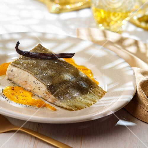Vanilla-flavored turbot with creamed pumpkin