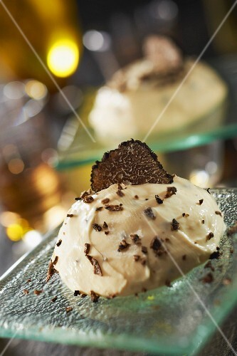 Mascarpone and truffle ice cream