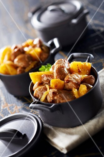 Sauteed Breton pork with pineapple and chestnuts