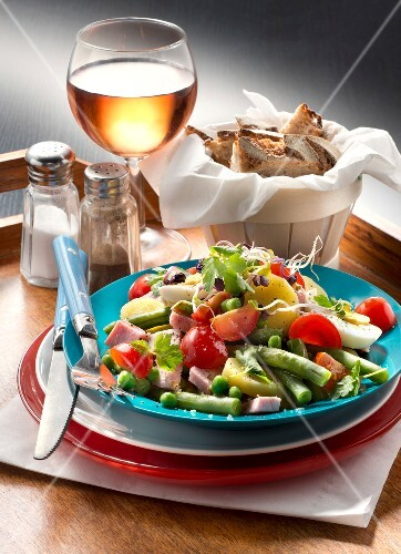 France: Parisien salad