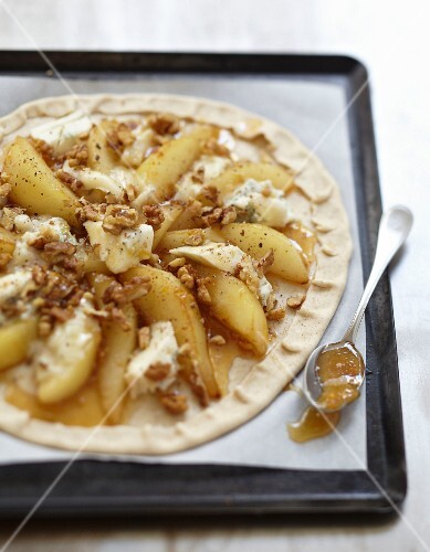 Gorgonzola,caramelized pear and walnut flaky pastry tart before baking