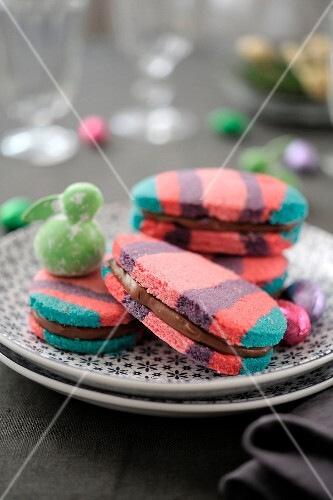 Easter egg shortbreads