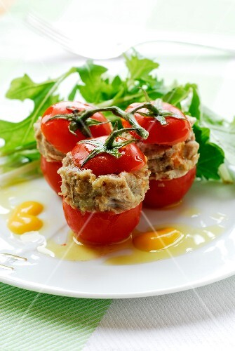Tomatoes stuffed with ground meat