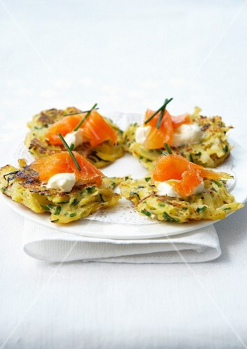 Potato, leek and chive mini röstis, cream and smoked salmon