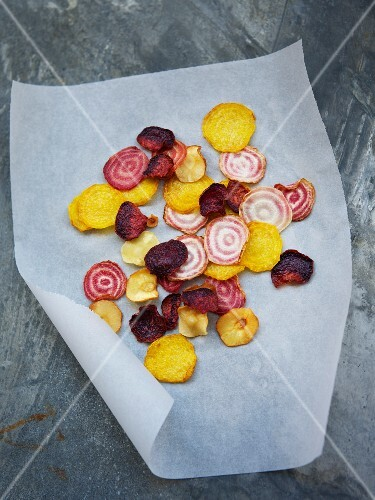 Old-fashioned vegetable chips