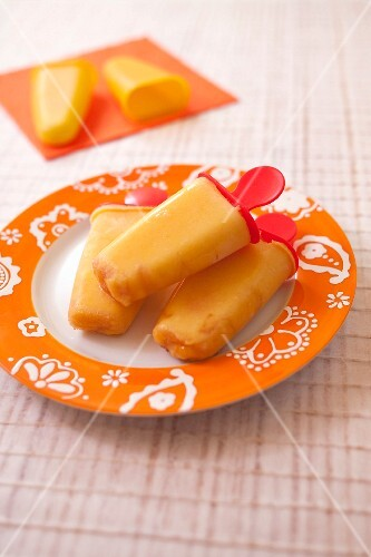 Mango ice cream pops