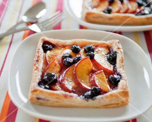 Nectarine and blueberry square tartlets