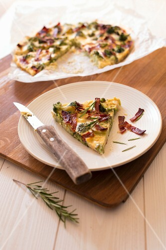 Pastry-free broccoli,goat's cheese and chorizo quiche