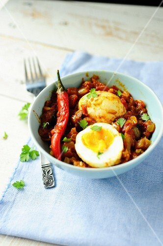 Eggs in tomato curry sauce