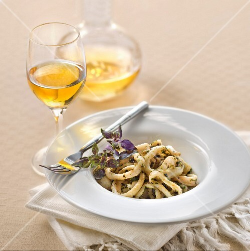 Marinated squid with purple basil and a glass of Beerenauslese white wine