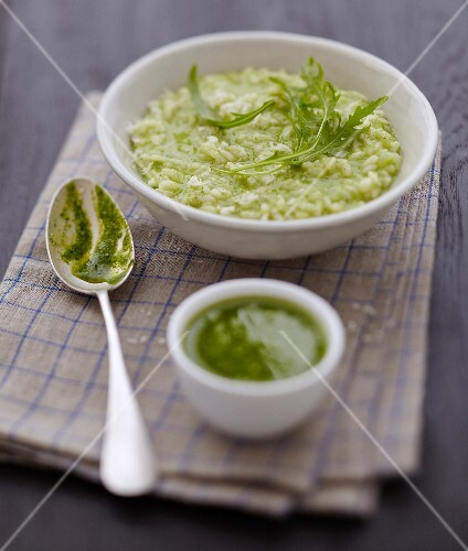 Risotto with rocket lettuce pesto