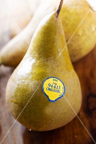 Organic Bosc Pears with Sticker Label