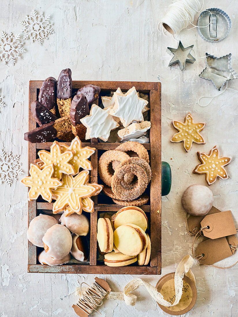 Christmas Cookies Intl.