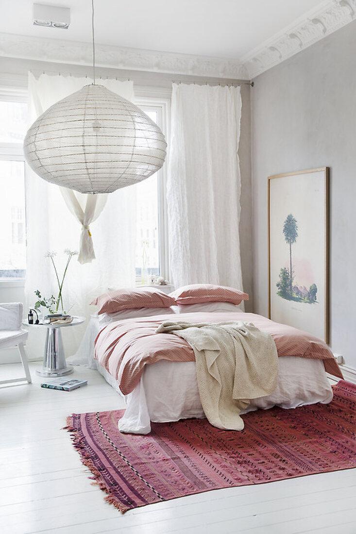 Bedroom in Soft Rosa