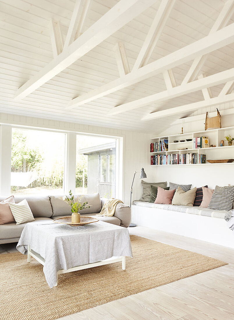 Classy Summerhouse Vibes