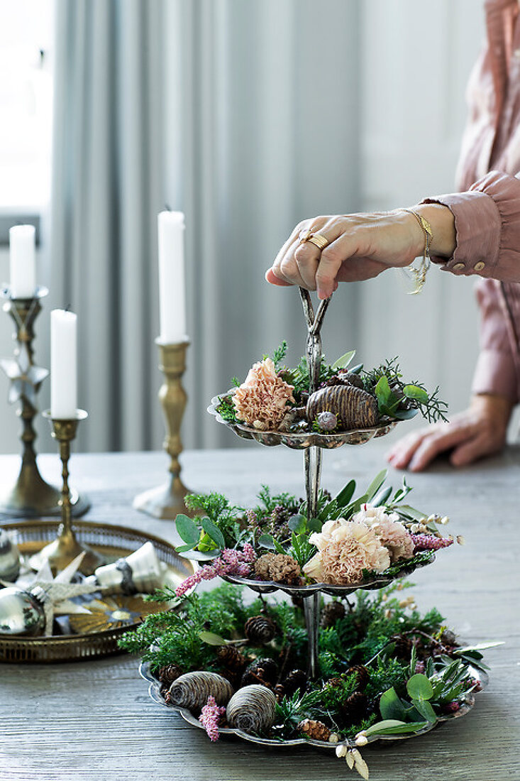 Decorate for a Green Christmas