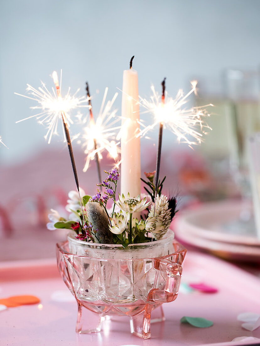 New Years Celebrating Tablesetting
