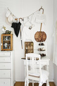 Romantic White With Antiques