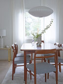 Light & Airy Retro Feeling