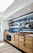 Kitchen in the Colors and Materials of Nature