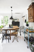 Romantic Country Style with Industrial Touch