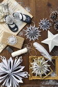 Cut & Fold - Star-Shaped Snowflakes