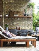 Cozy Urban Garden