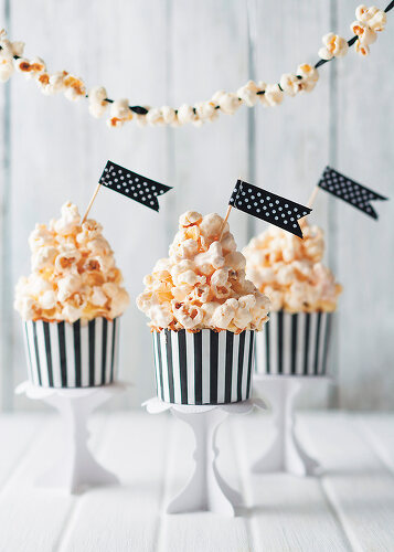 Gourmet Popcorn - 11379554