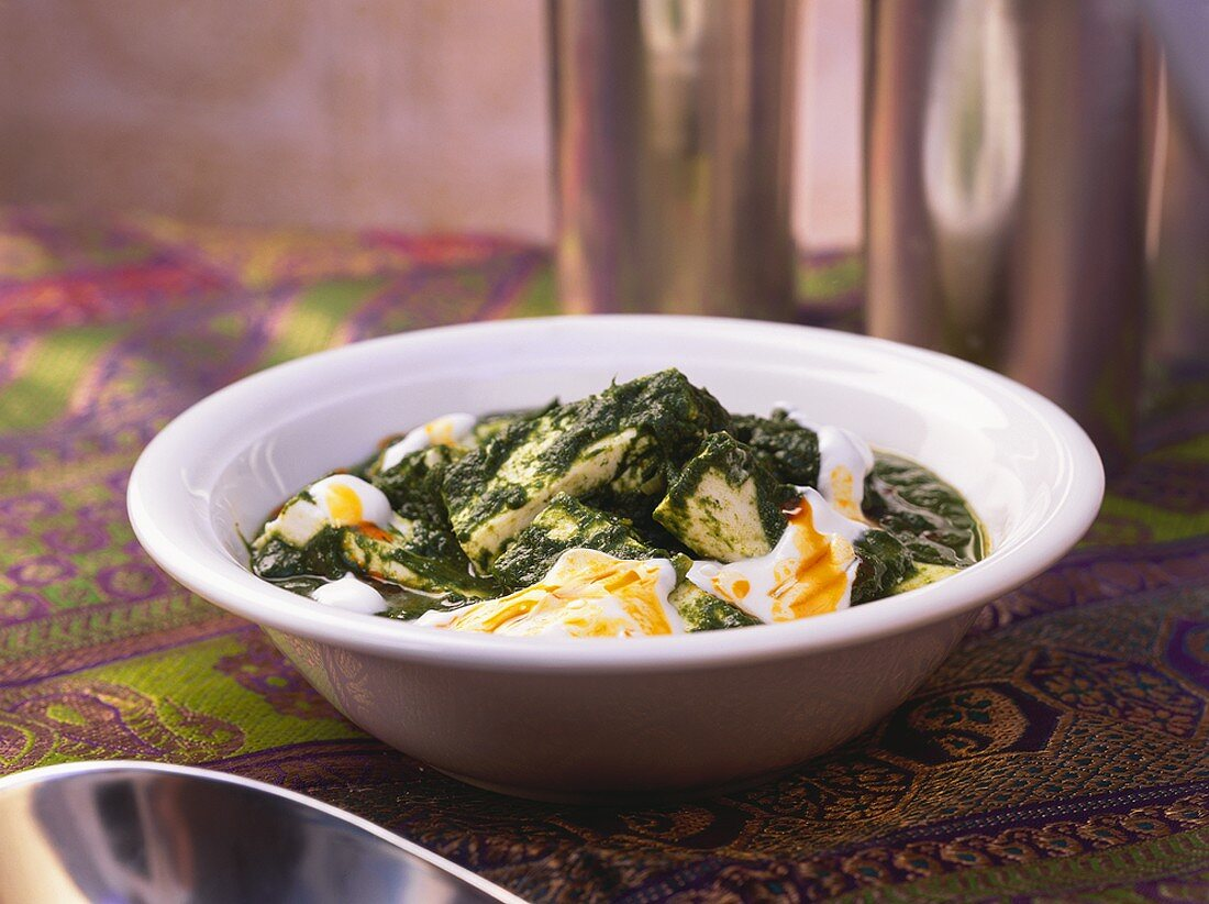 Palak Paneer (Spinach with diced cheese, India)
