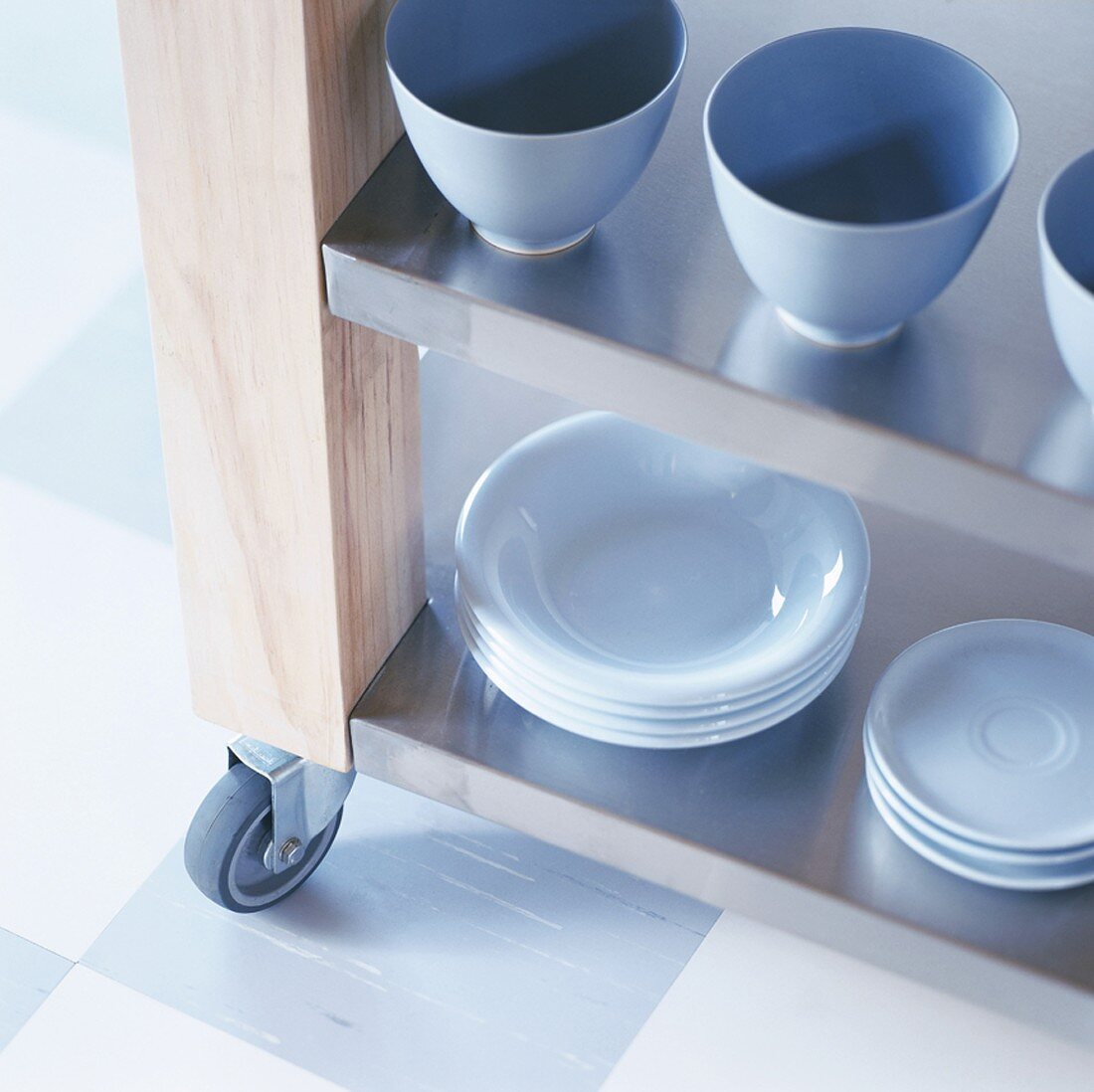Cups and bowls on trolley