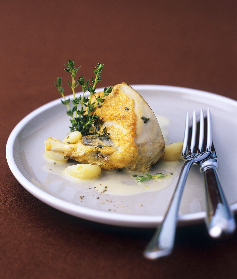 Guinea fowl with garlic and lemon thyme