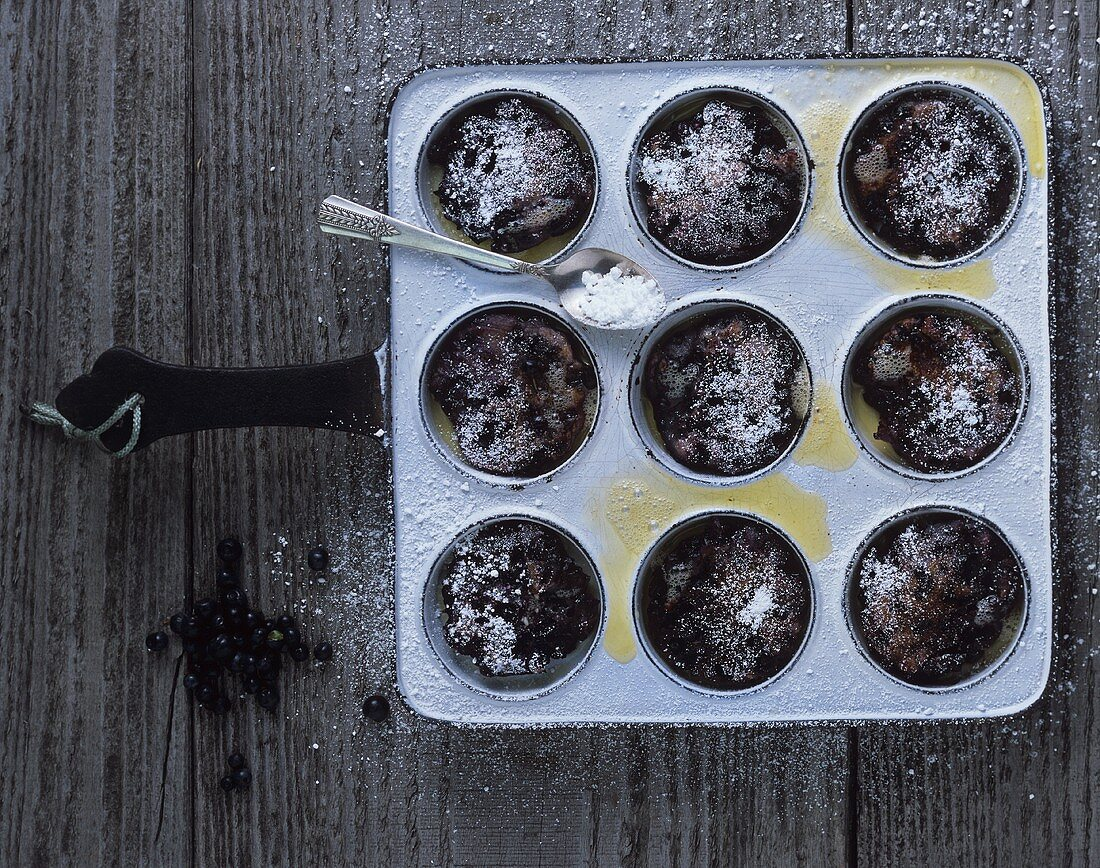 Blueberry buns in the baking tin